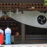 開門神事の福男選びのレースは日常から頻繁に発生する