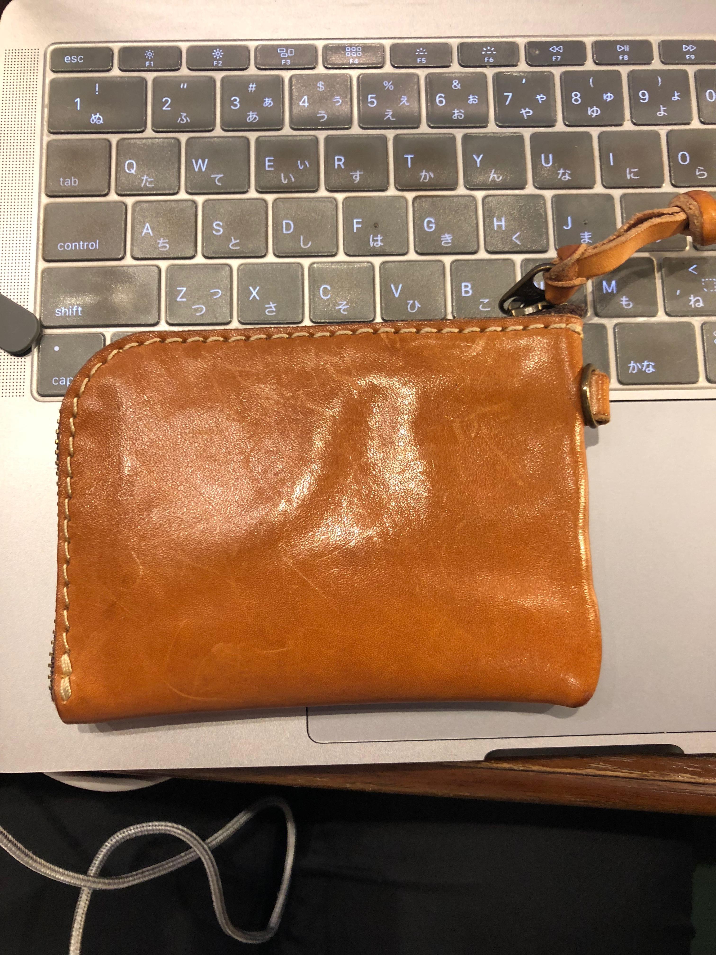 財布の軽量化にオススメなHERZのL字ファスナー財布